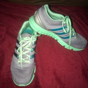 Woman's Adidas Athletic Shoes Size 6.5